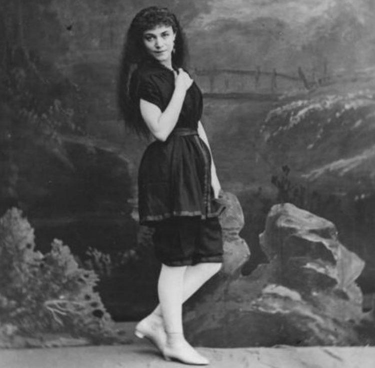 1870_evolyutsiya bikini