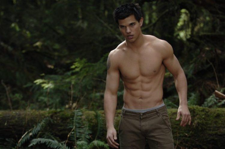 Голливудские красавчики с лучшими телами