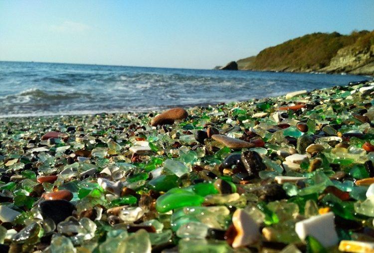 glass beach russia