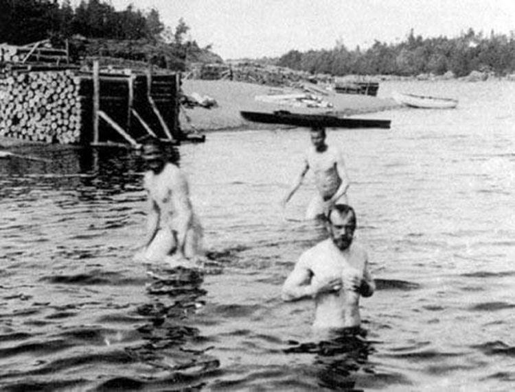 nikola 2 in river