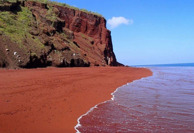 red beach galapagos