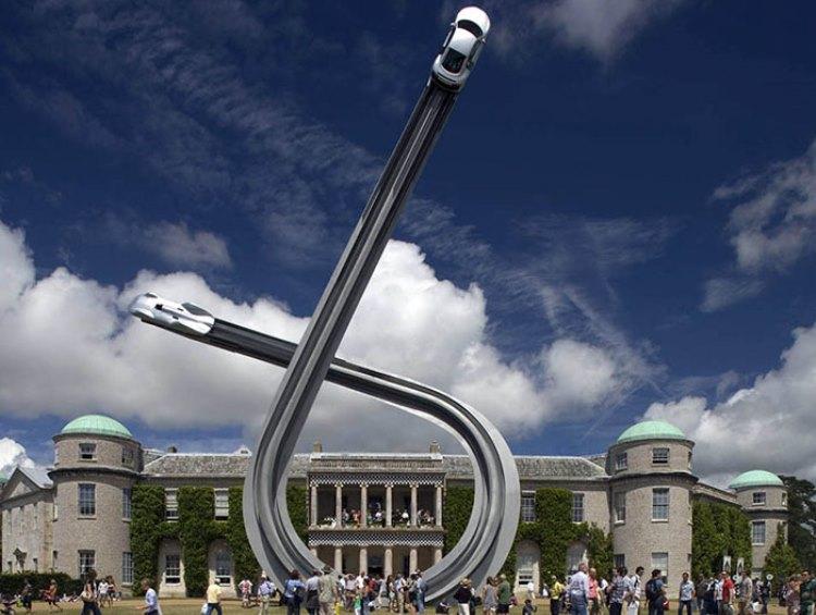 Скульптуры, зависшие в воздухе: 35 впечатляющих фото